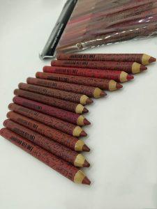 رژلب مدادی بادوام نارس nars