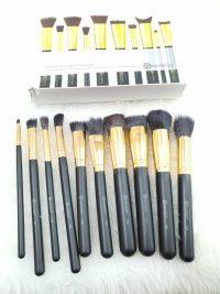 براش 10 تکه بی اچ کازمتیک bh cosmetics