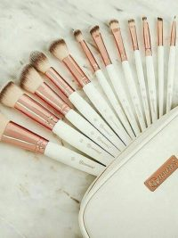 براش کیفی 12 تایی BH cosmetics سفید